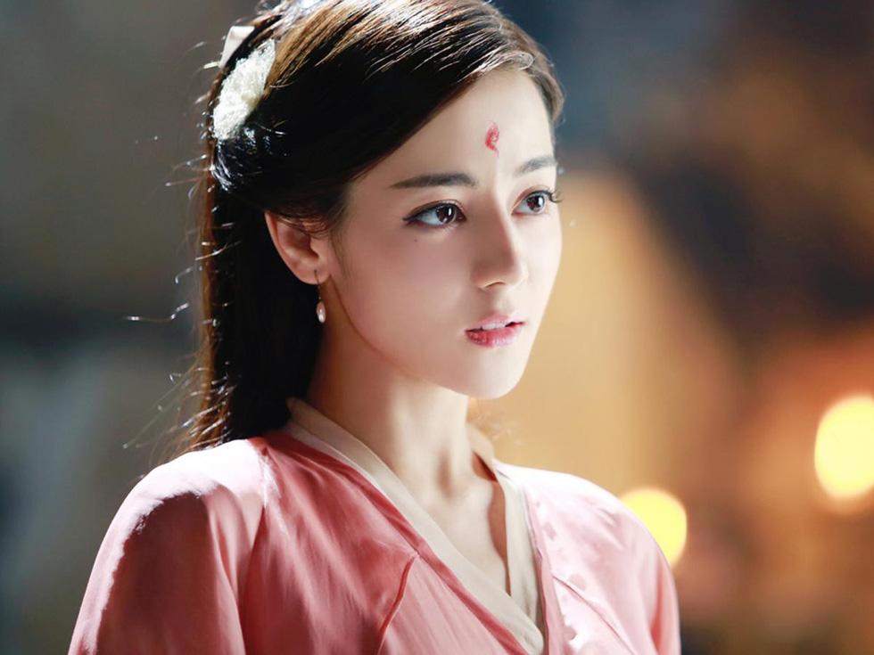 Nhức mắt với tứ đại mỹ nhân Tân Cương trên màn ảnh nhỏ Hoa ngữ - Ảnh 3.