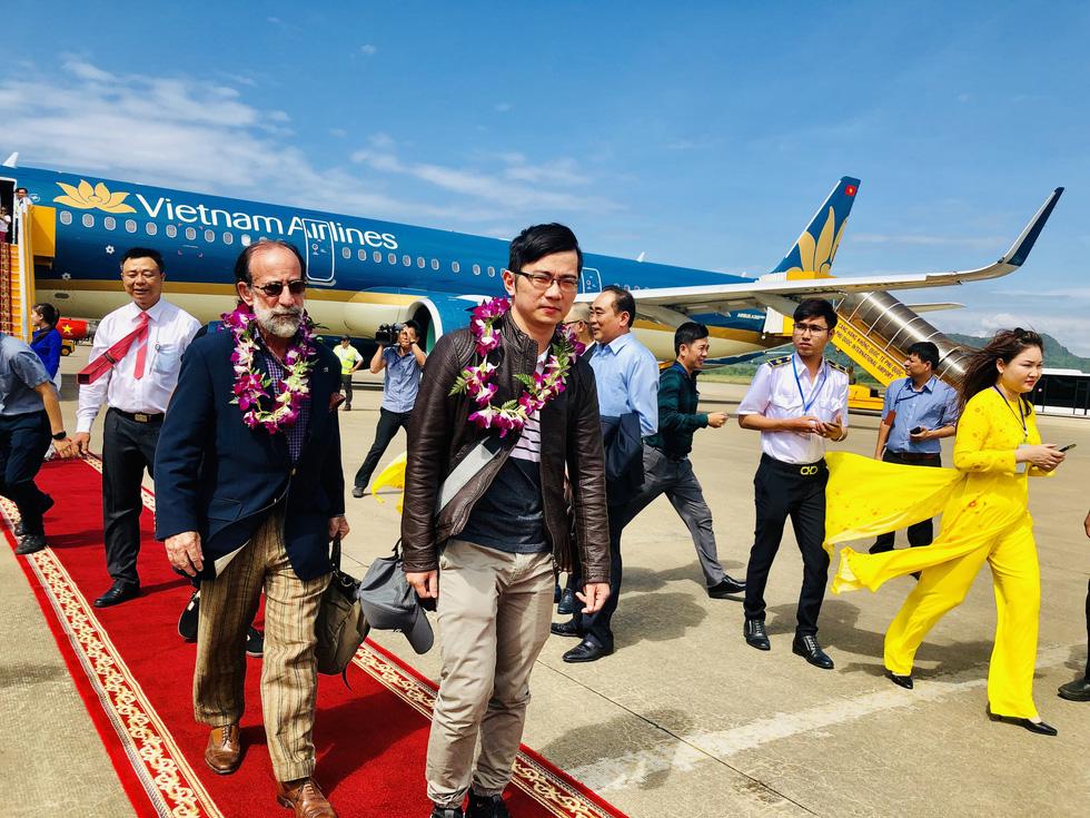 Nhà ga 1.000 tỉ ở sân bay Phú Quốc chính thức hoạt động - Ảnh 2.