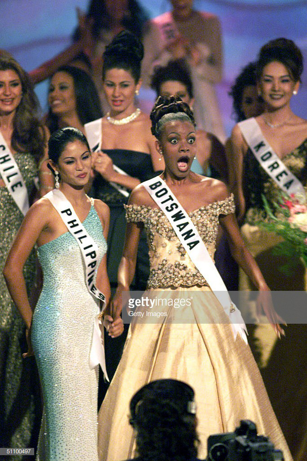 Thí sinh Miss Universe khóc, la thét, há hốc mồm khi là Hoa hậu - Ảnh 15.