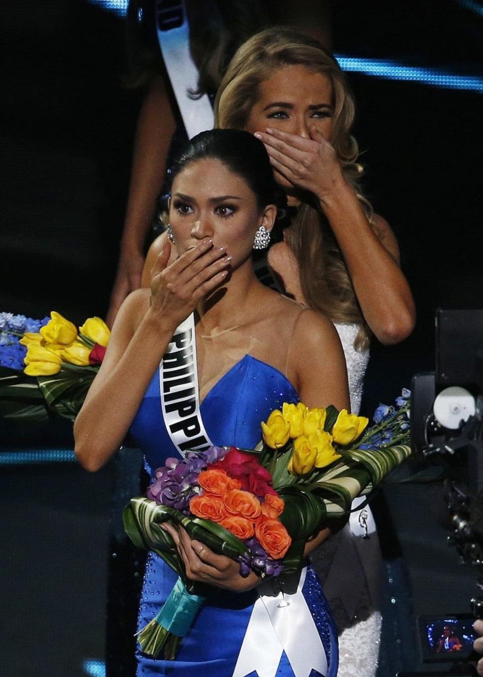 Thí sinh Miss Universe khóc, la thét, há hốc mồm khi là Hoa hậu - Ảnh 4.