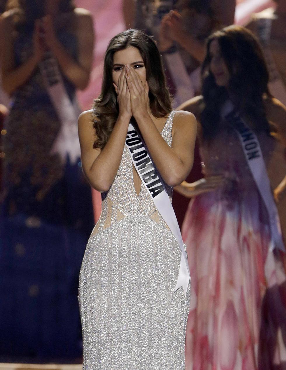 Thí sinh Miss Universe khóc, la thét, há hốc mồm khi là Hoa hậu - Ảnh 5.