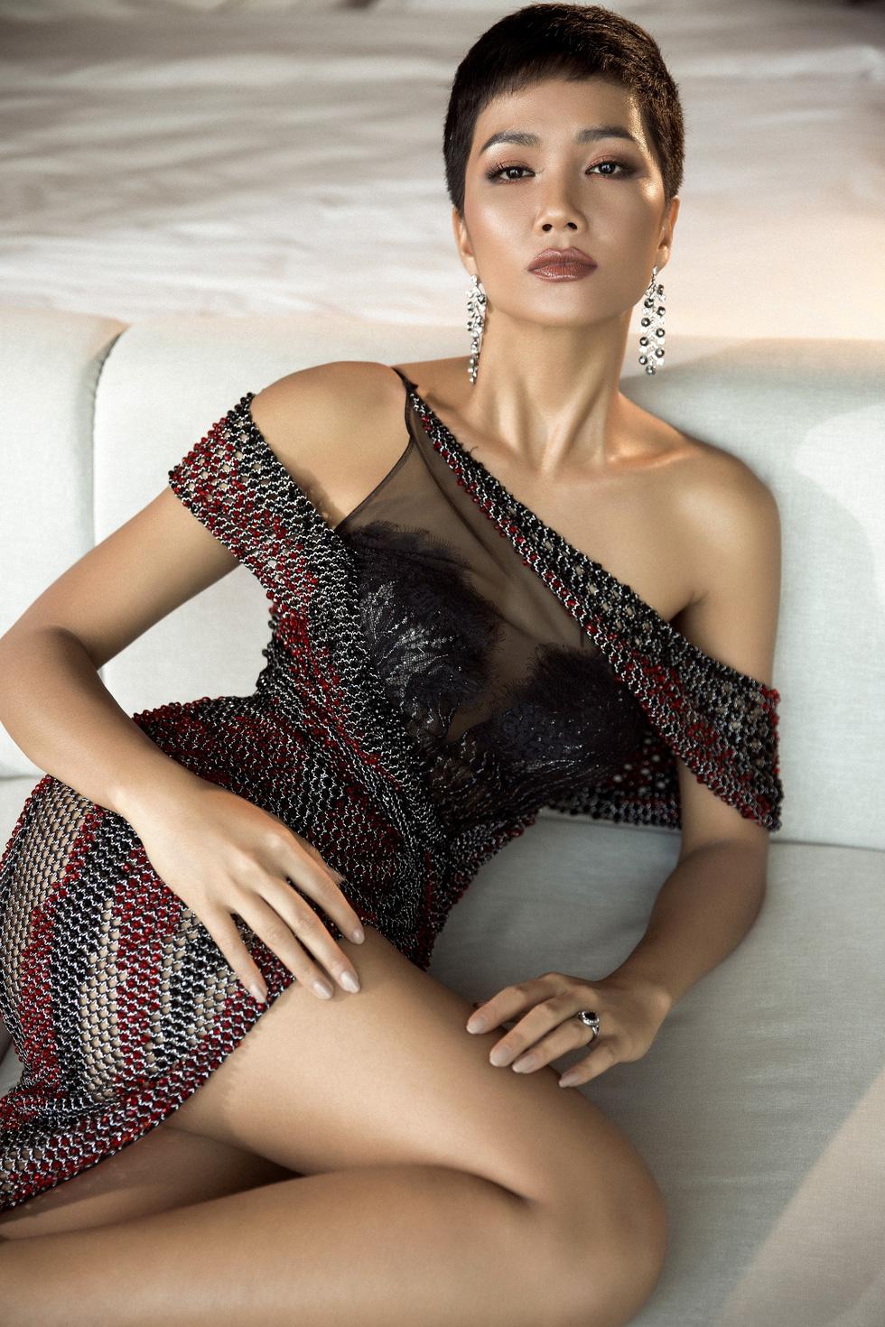 Xem lại hành trình của HHen Niê đến top 5 Miss Universe - Ảnh 2.