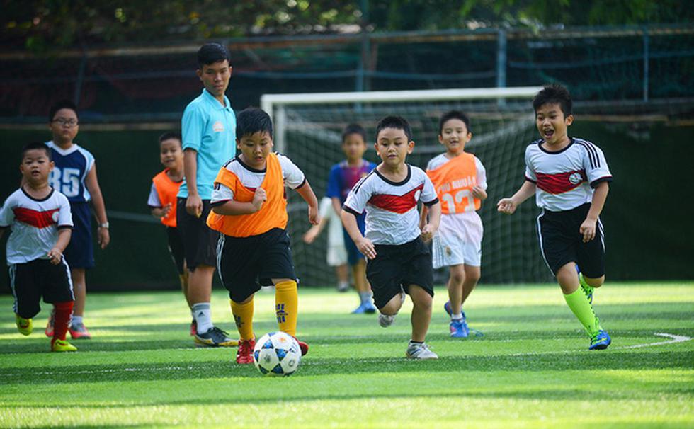 Chọn bóng đá là môn thể thao quốc gia - Ảnh 1.