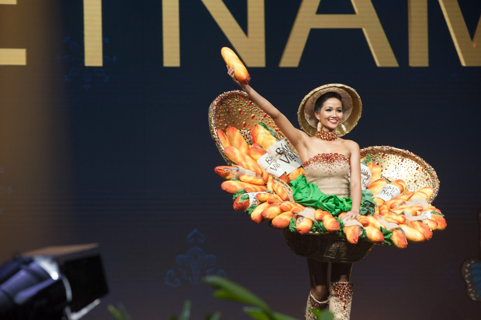 Xem lại hành trình của HHen Niê đến top 5 Miss Universe - Ảnh 13.