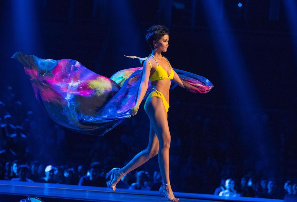 Xem lại hành trình của HHen Niê đến top 5 Miss Universe - Ảnh 16.