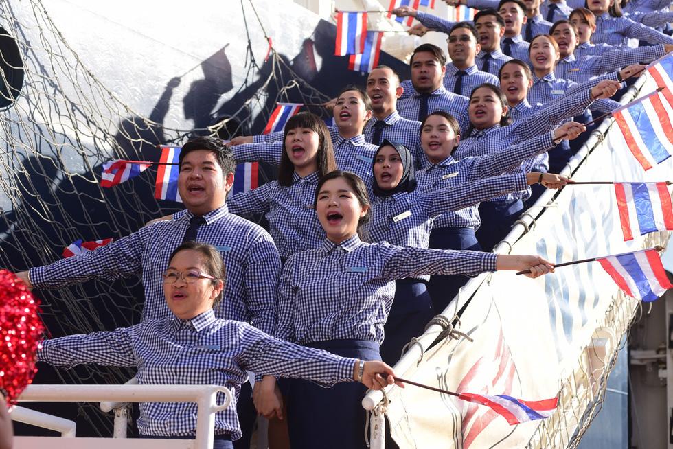 Tàu Nippon Maru đưa 329 thanh niên ưu tú cập cảng Cát Lái - Ảnh 9.