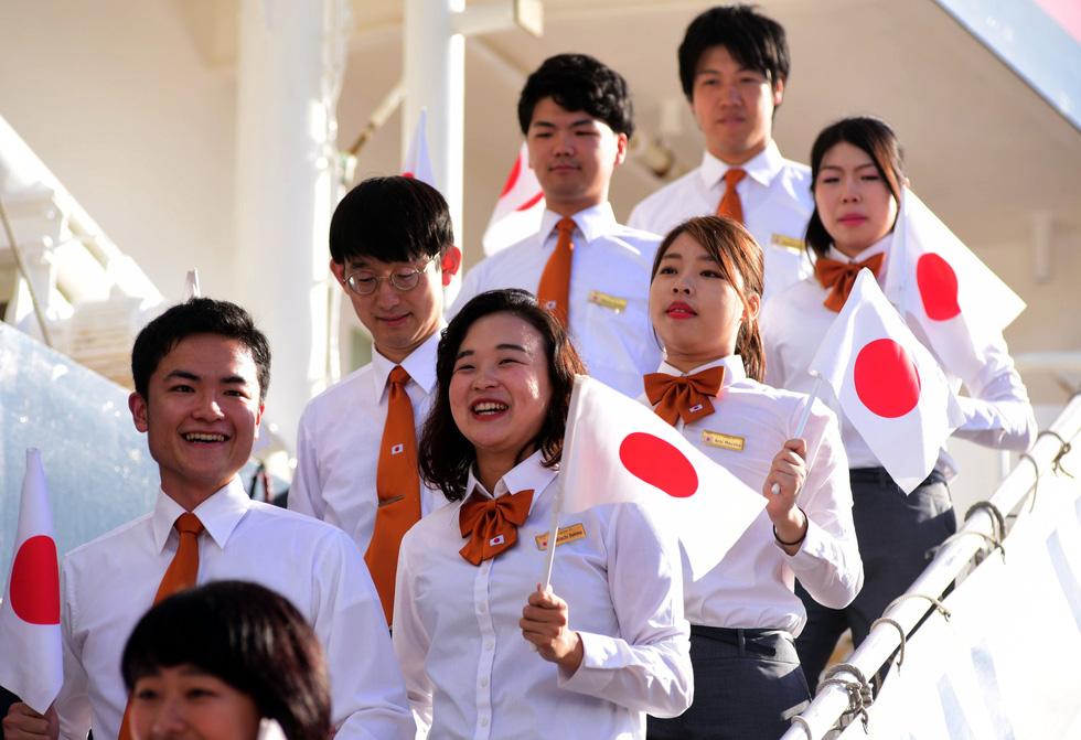 Tàu Nippon Maru đưa 329 thanh niên ưu tú cập cảng Cát Lái - Ảnh 4.