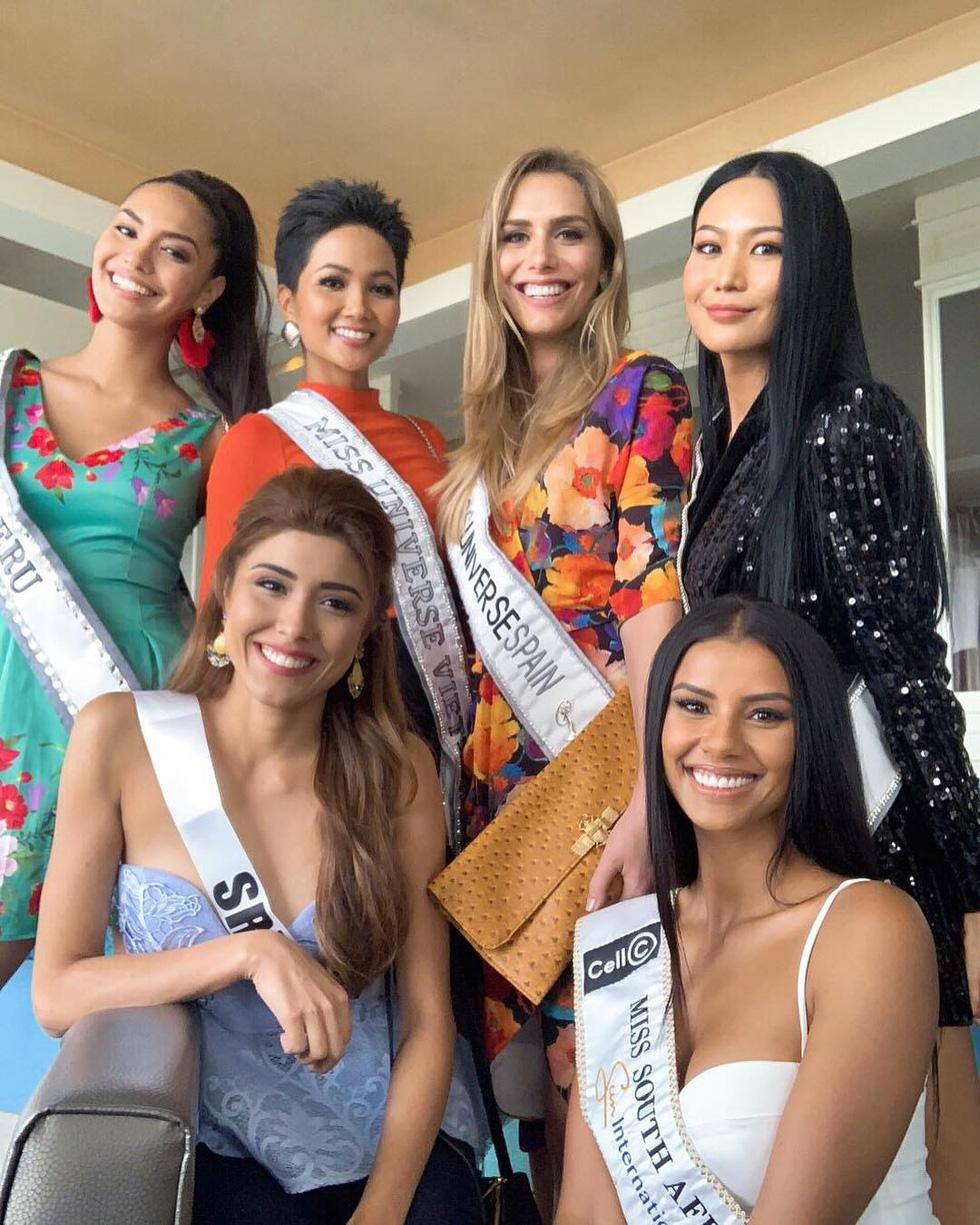 Ngắm nhan sắc thí sinh chuyển giới đầu tiên dự Miss Universe - Ảnh 4.