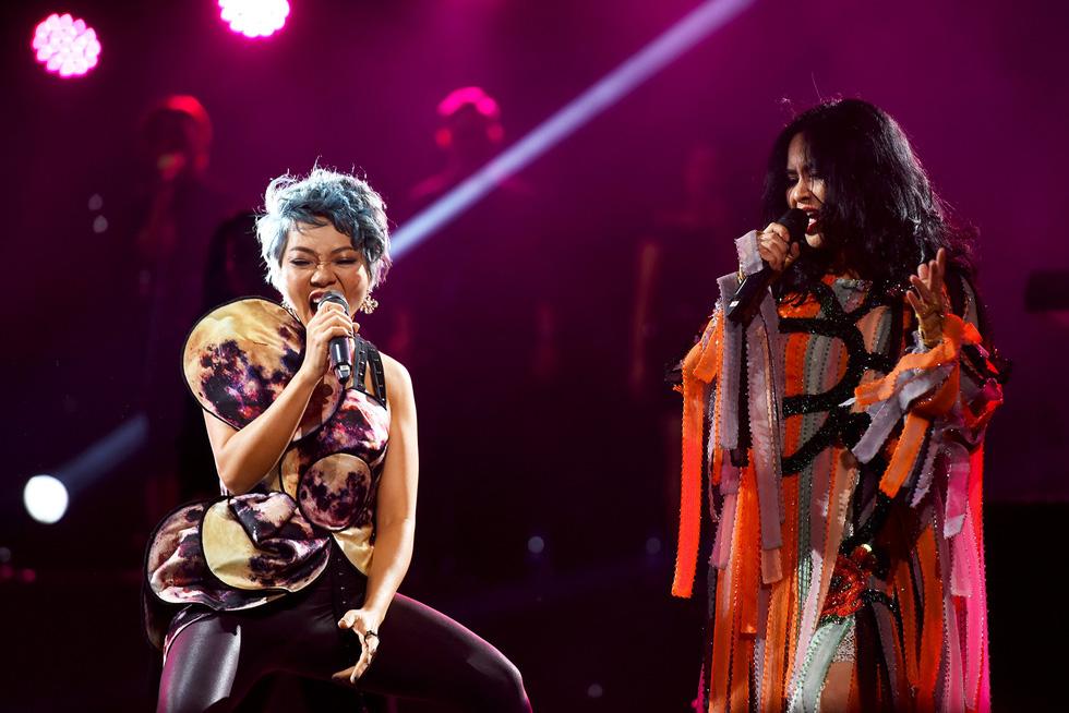 Ở đêm nhạc Bình minh, Thanh Lam mới không còn hú hét - Ảnh 12.