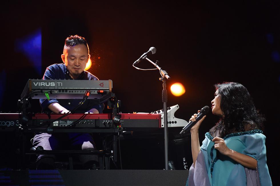 Ở đêm nhạc Bình minh, Thanh Lam mới không còn hú hét - Ảnh 6.