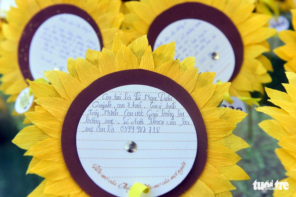 6,6 tỉ đồng - tấm lòng bạn đọc trong Ngày hội Hoa hướng dương - Ảnh 38.