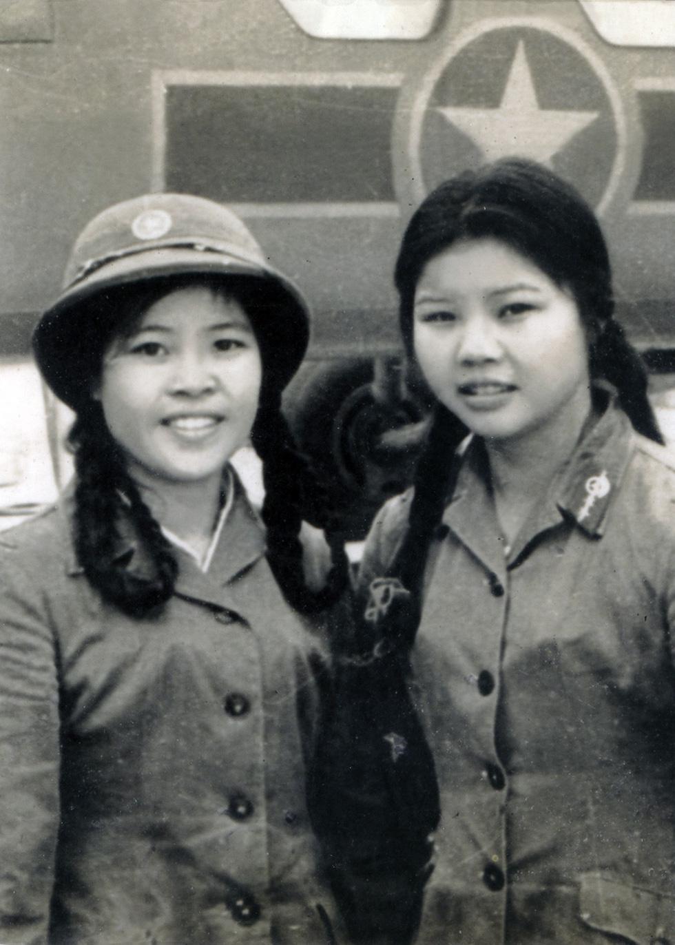 Đội nữ lái xe Trường Sơn dưới mưa bom bão đạn - Ảnh 6.