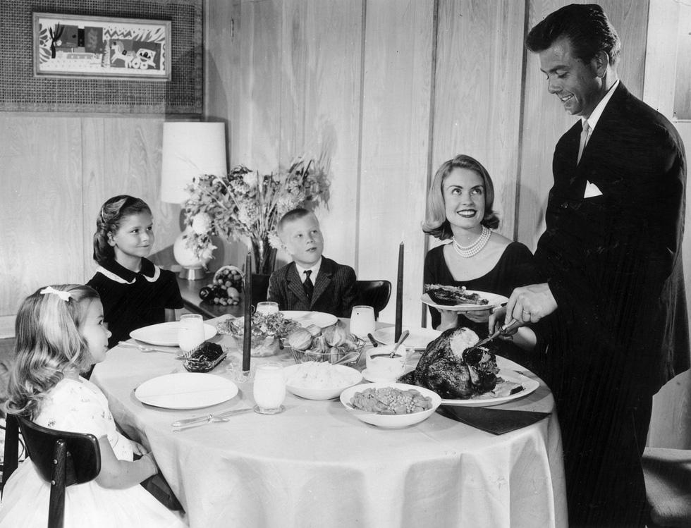 Cá trích mặc áo lông, tiệc thất ngư và những món độc lạ mùa Giáng sinh - Ảnh 7.