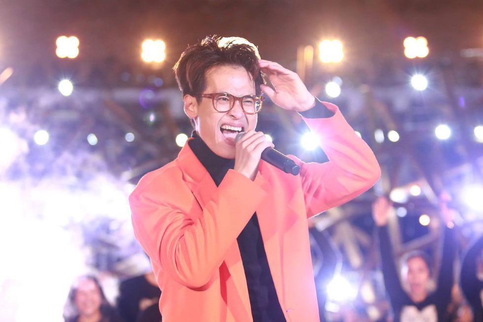 Tiểu Vy tự hào dự đoán đúng, Hà Anh Tuấn cảm ơn ông Park Hang Seo - Ảnh 8.