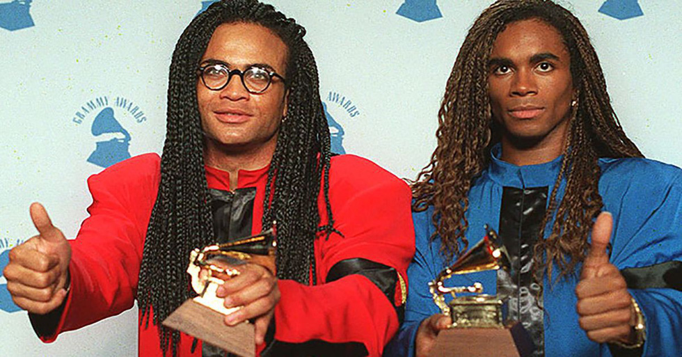 Grammy và kẻ chiến thắng hoang mang cùng màn trả lại giải thưởng hi hữu - Ảnh 10.