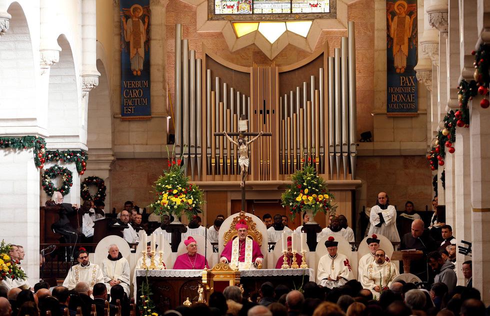 Giáo hoàng lên án lòng tham vô độ của chủ nghĩa tiêu dùng hiện đại - Ảnh 3.