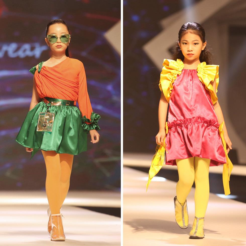 Chọn váy xinh diện Tết cho bé từ Tuần lễ thời trang trẻ em châu Á - Ảnh 11.