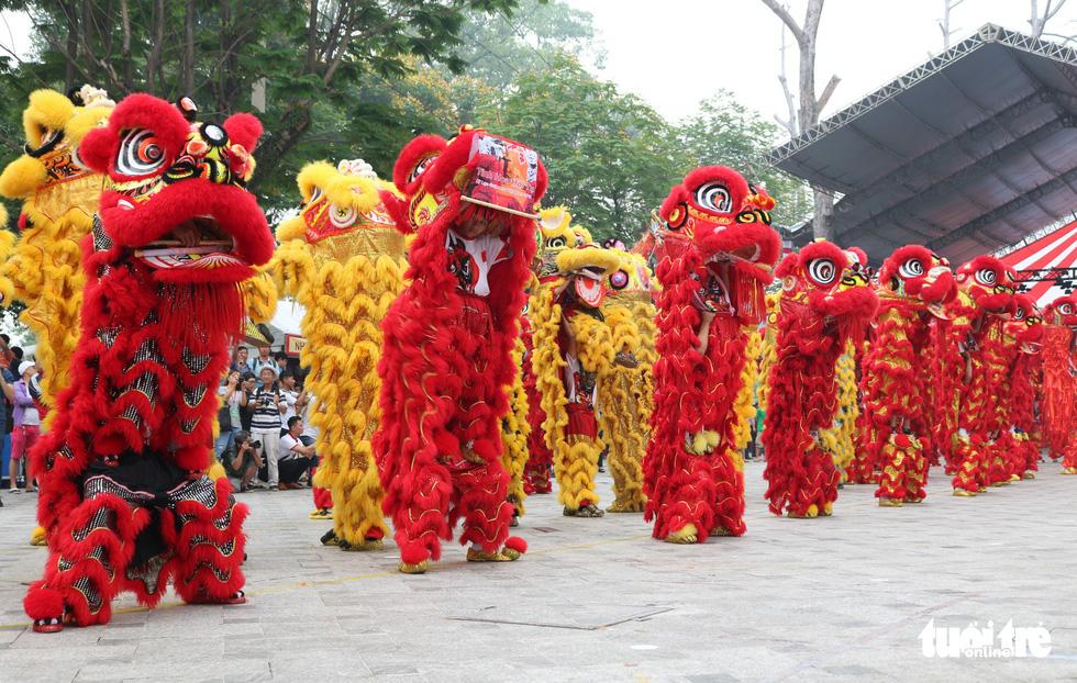 108 con lân nhả 108 chữ Tài - Lộc chúc phúc năm mới - Ảnh 5.