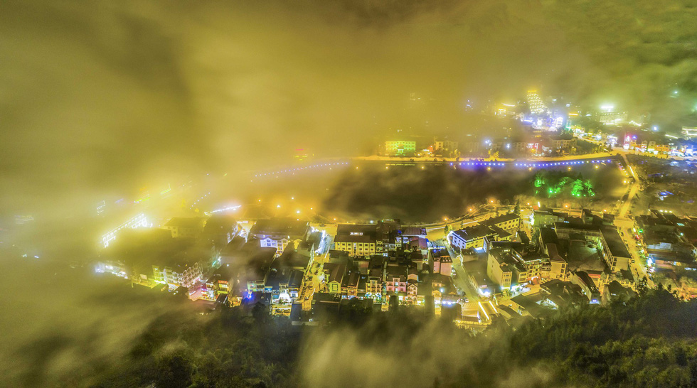 Đến núi Hàm Rồng săn mây luồn Sa Pa - Ảnh 13.