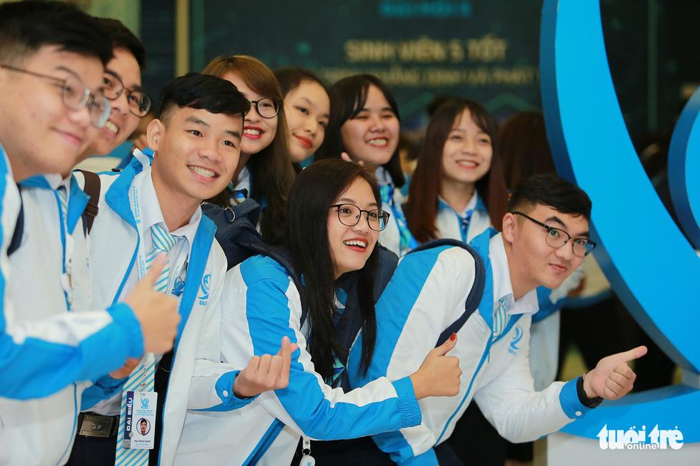 Đại hội Hội Sinh viên Việt Nam lần thứ X khai mạc: Tươi mới, đầy sức trẻ - Ảnh 1.