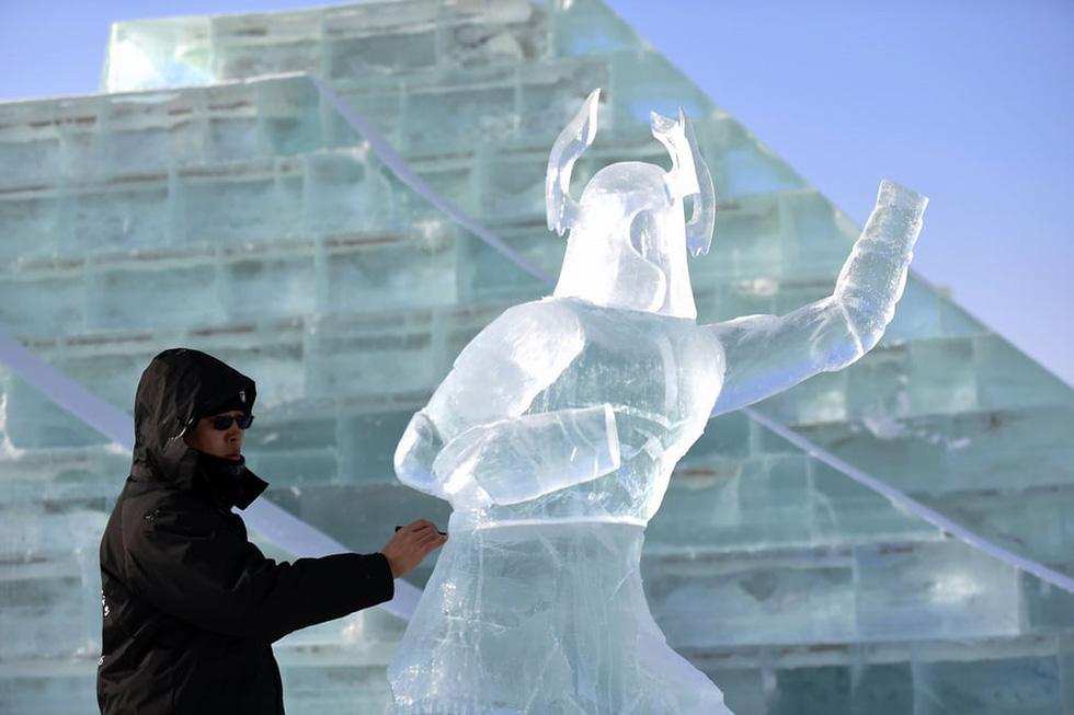 Sang Hàn Quốc và Trung Quốc vui lễ hội băng tuyết - Ảnh 13.