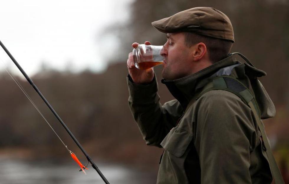Đi Scotland câu cá hồi, nhậu whisky - Ảnh 14.