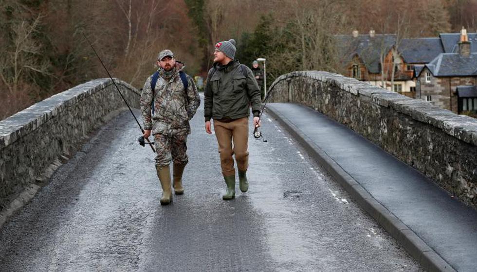 Đi Scotland câu cá hồi, nhậu whisky - Ảnh 15.