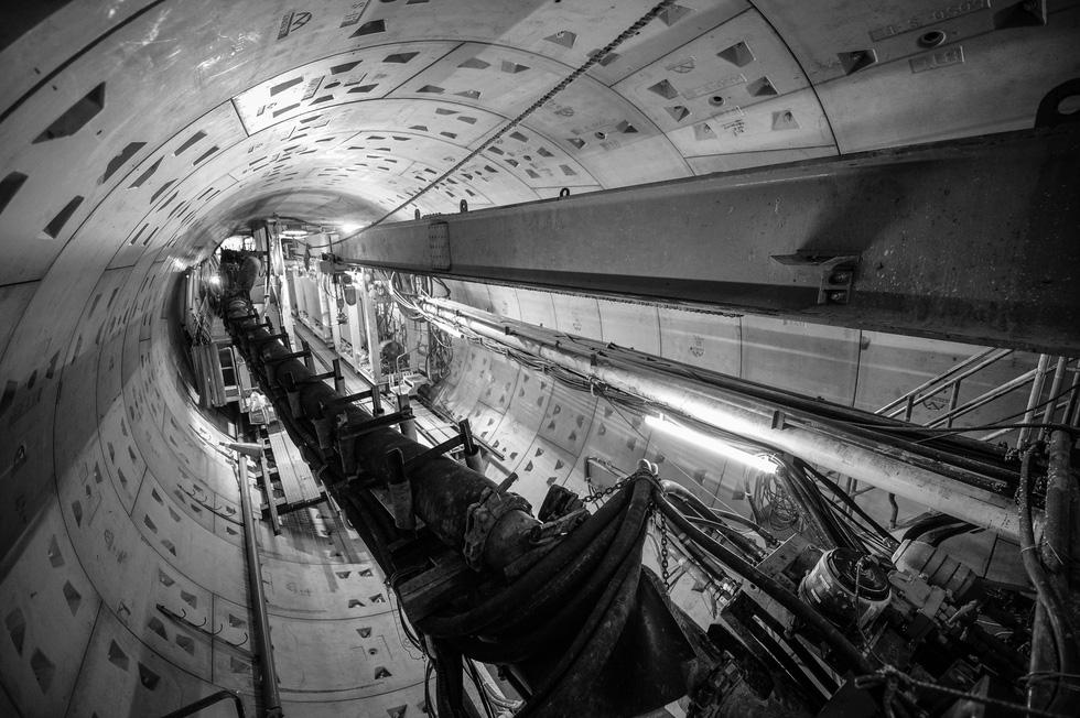 Chui xuống đất cùng chú robot khoan hầm metro TP.HCM - Ảnh 6.