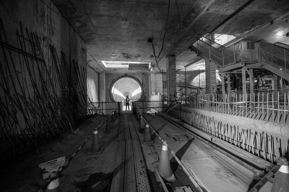 Chui xuống đất cùng chú robot khoan hầm metro TP.HCM - Ảnh 19.