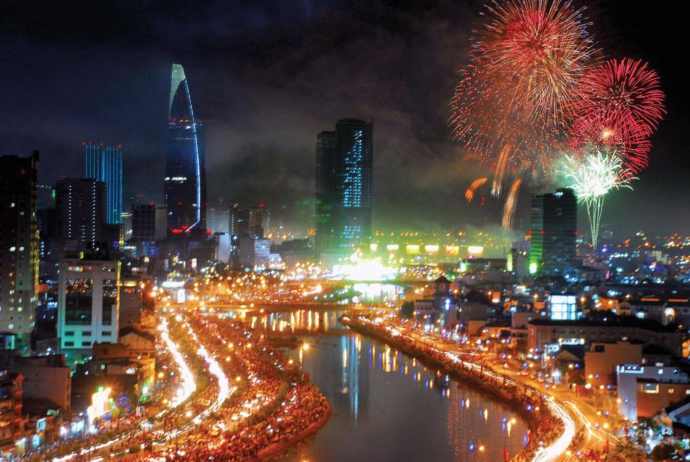 Bạn còn nhớ về pháo hoa ở Sài Gòn 20 năm qua? - Ảnh 17.