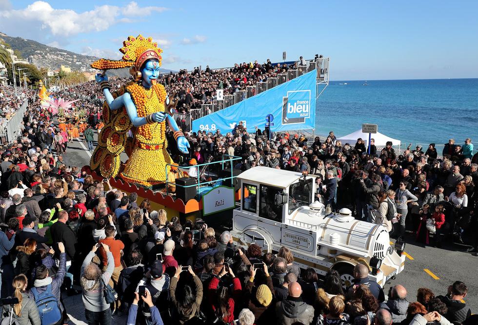 Rực rỡ lễ hội chanh độc đáo ở Pháp - Ảnh 10.