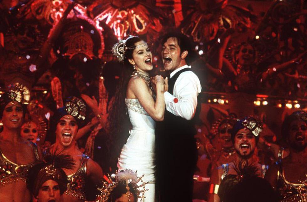 Những phim ca nhạc đáng xem vì sở hữu nhiều thứ đắt như vàng - Ảnh 17.