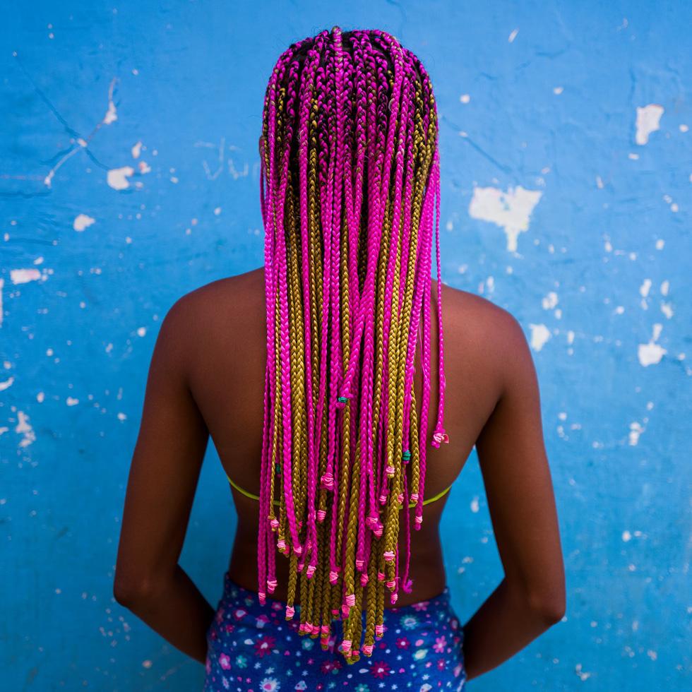 Cuộc sống đa sắc màu tại hòn đảo chật nhất thế giới - Ảnh 14.