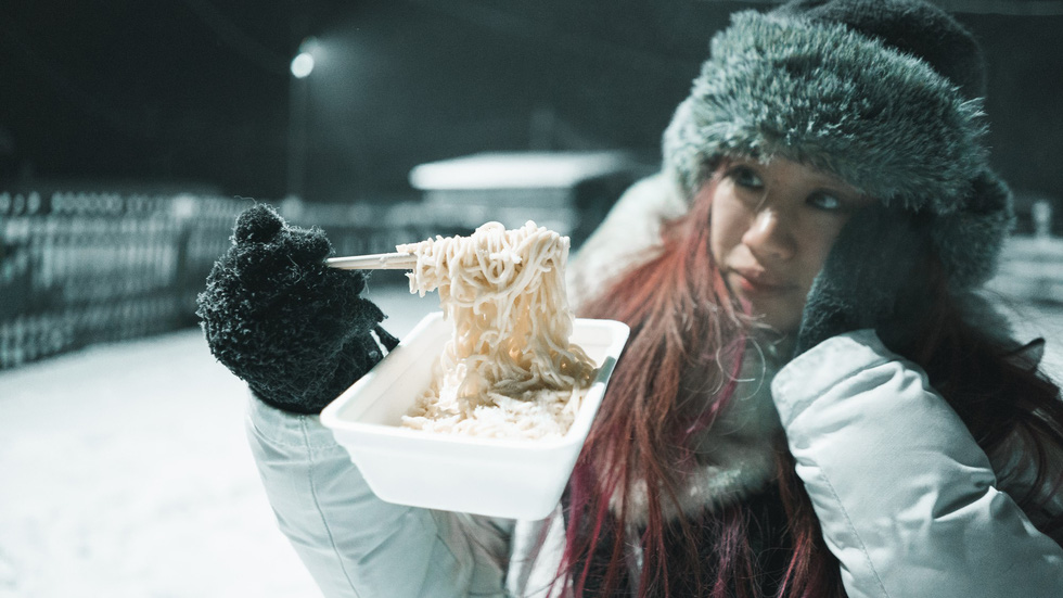 Người mẫu Việt đến nơi siêu lạnh trên Trái đất - Ảnh 11.
