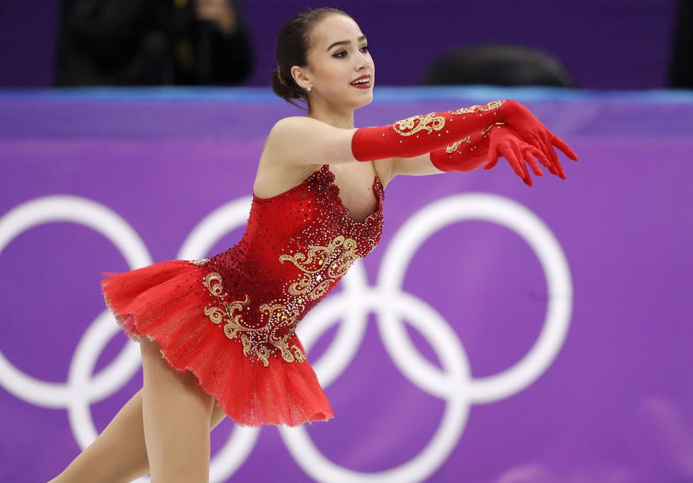 Bông hồng nước Nga 15 tuổi chinh phục sân băng Olympic 2018 - Ảnh 3.