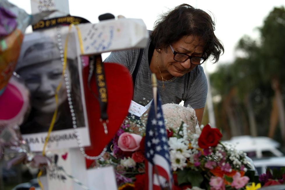 Thế giới trong tuần qua ảnh: Nước Mỹ chia rẽ vì súng đạn - Ảnh 4.