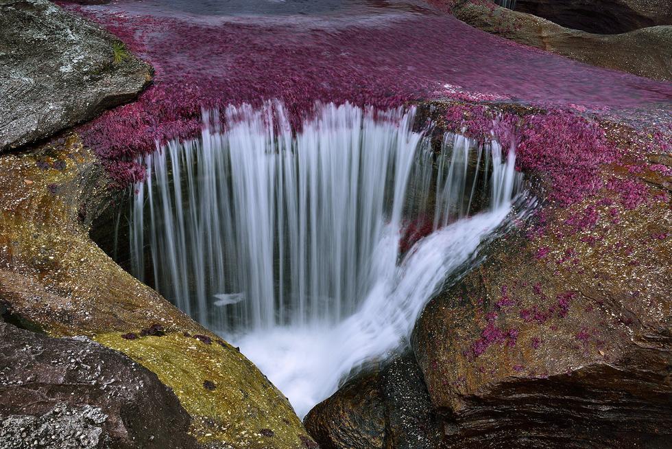 Những 'kỳ quan tự nhiên' đầy sắc màu - Ảnh 8.
