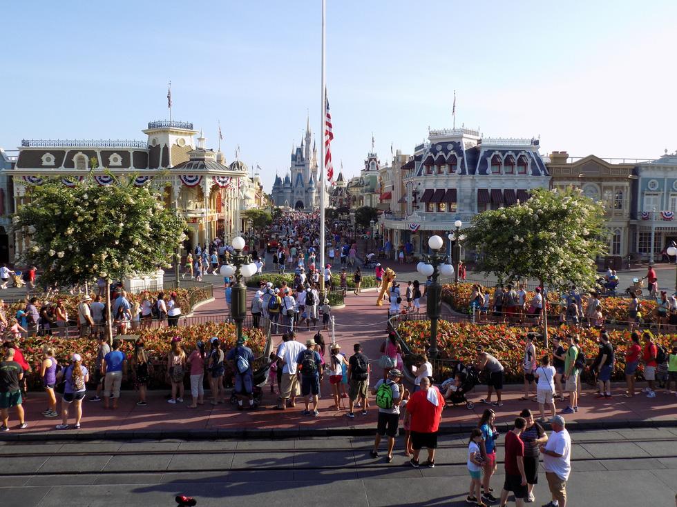 Lạc vào Disneyland ở Florida: thiên đường có thật - Ảnh 2.