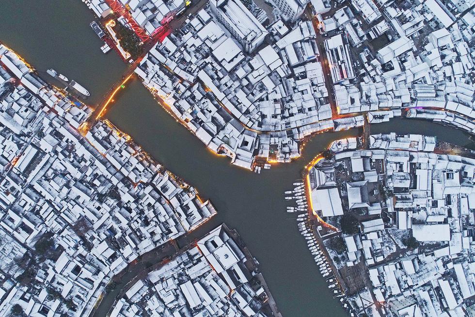 Thế giới trong tuần qua ảnh: Paris ngập trong biển nước - Ảnh 8.