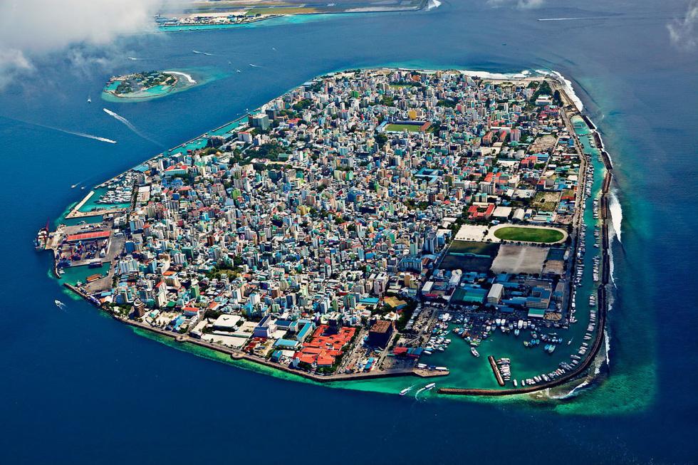 Hỗn loạn ở thiên đường du lịch Maldives - Ảnh 7.