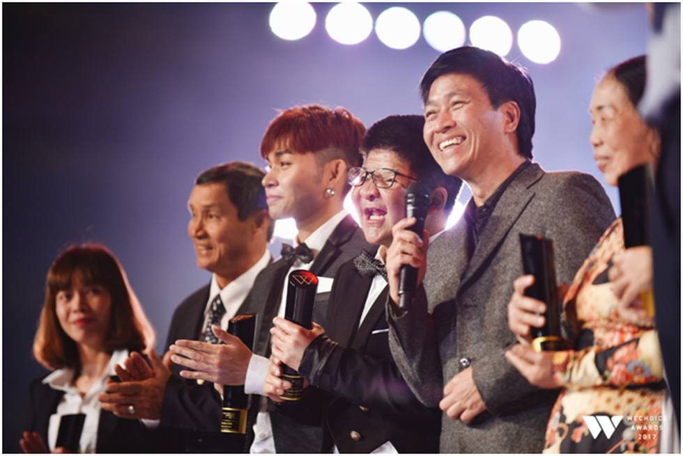 Bé Bôm, Sơn Tùng M-TP và tiết mục đặc sắc ở Gala WeChoice Awards - Ảnh 4.