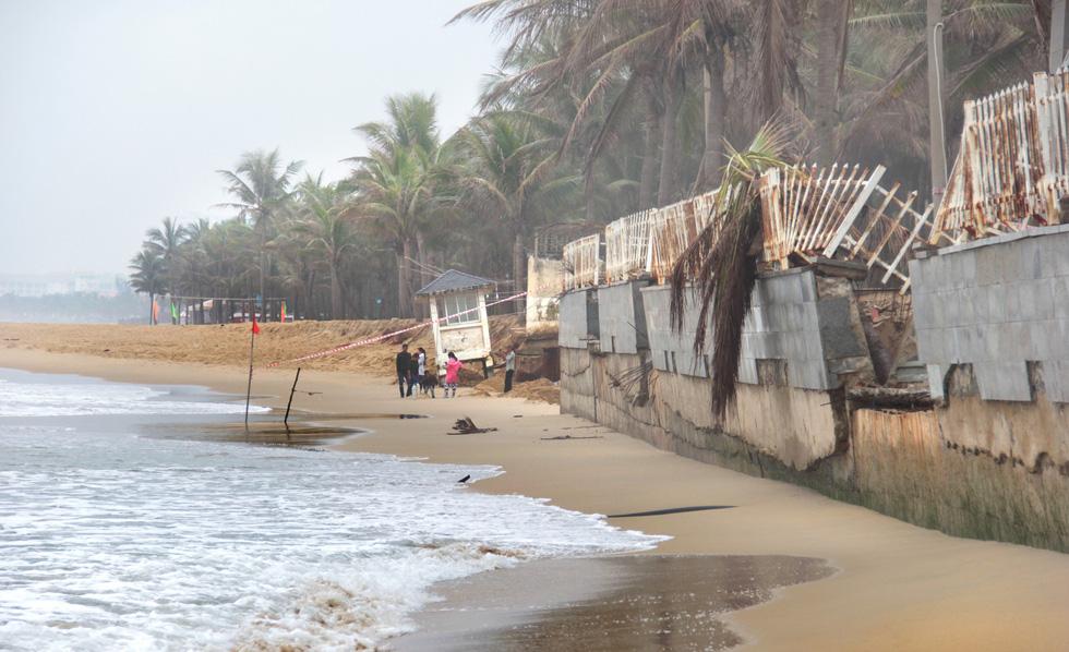 Chuyện gì đang xảy ra ở bãi biển Đà Nẵng? - Ảnh 1.