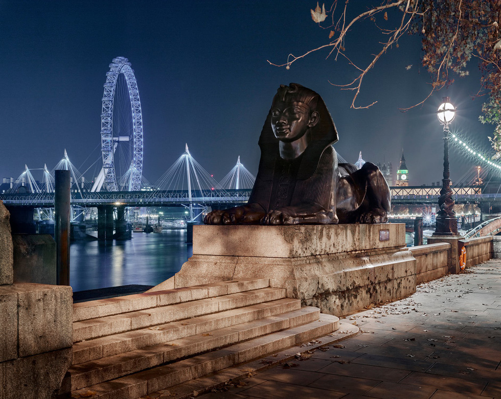Ngắm ảnh các thành phố huyền thoại và rực rỡ về đêm - Ảnh 3.