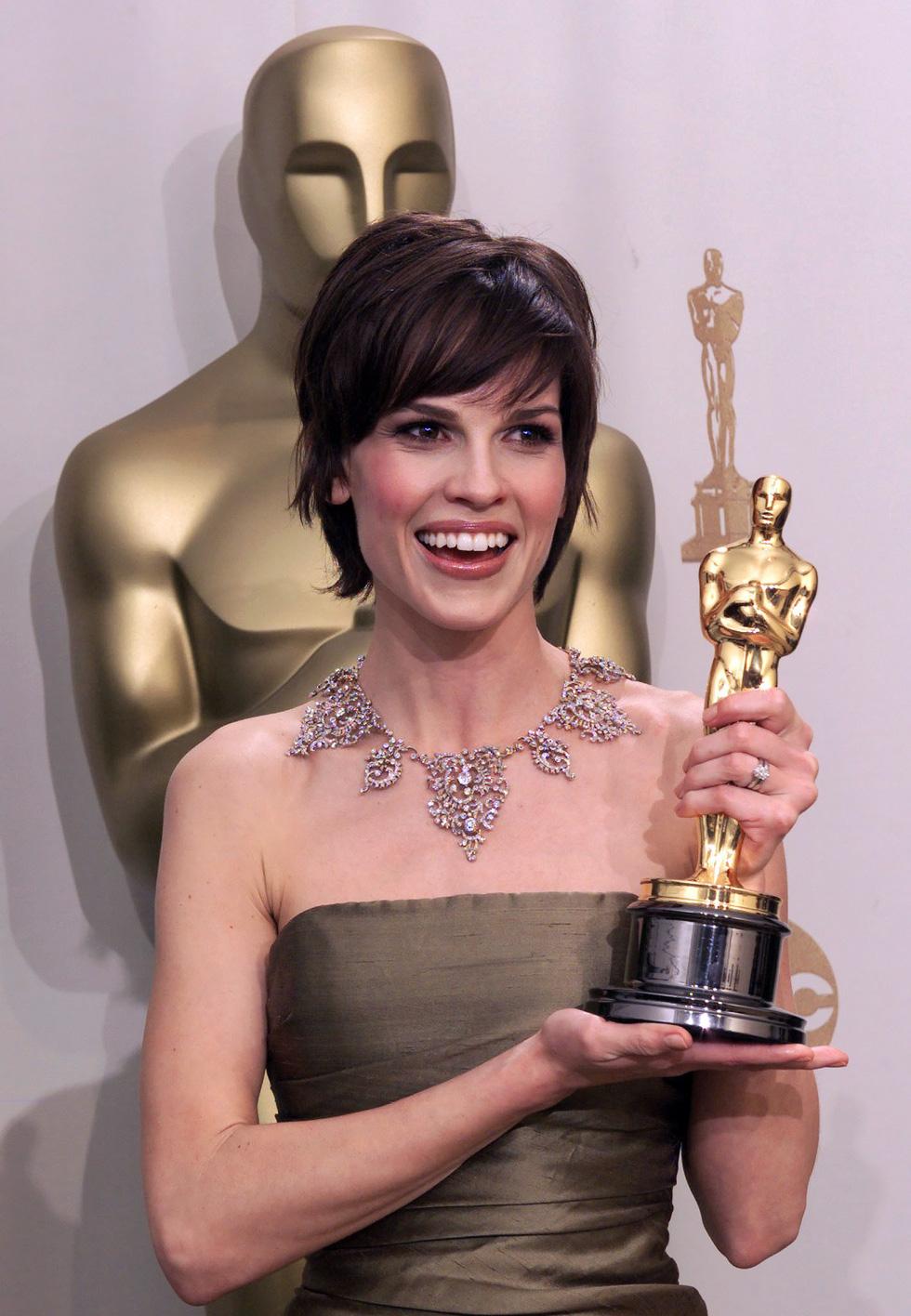 Những điều thú vị quanh Oscar của các ngôi sao nữ 90 năm qua - Ảnh 4.