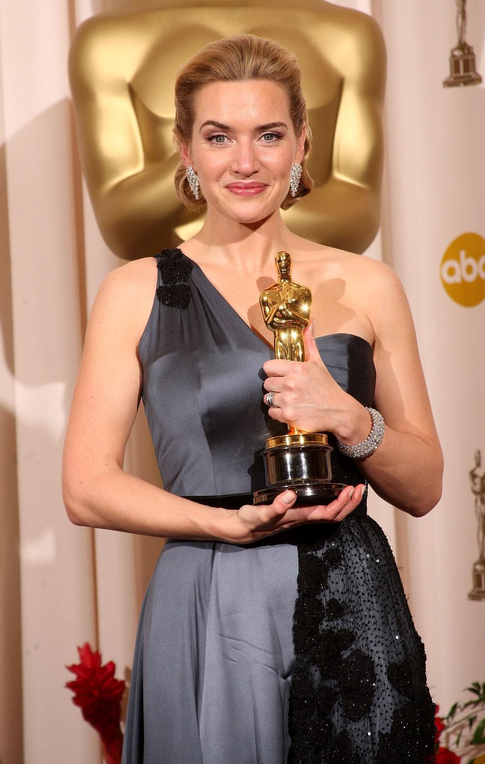 Những điều thú vị quanh Oscar của các ngôi sao nữ 90 năm qua - Ảnh 7.