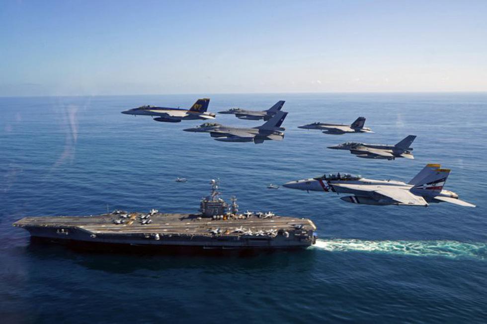 Những ngóc ngách thú vị trên tàu sân bay Mỹ - Ảnh 4.