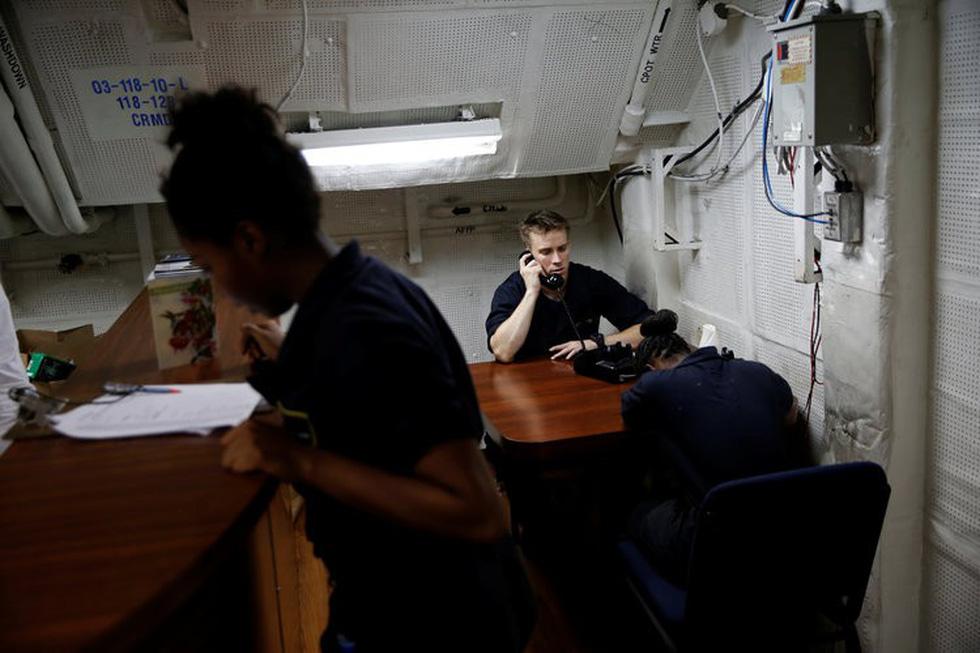 Những ngóc ngách thú vị trên tàu sân bay Mỹ - Ảnh 6.