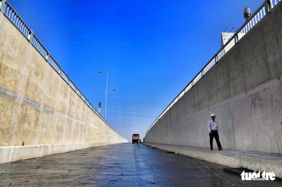 Hầm chui An Sương trước giờ thông xe - Ảnh 2.