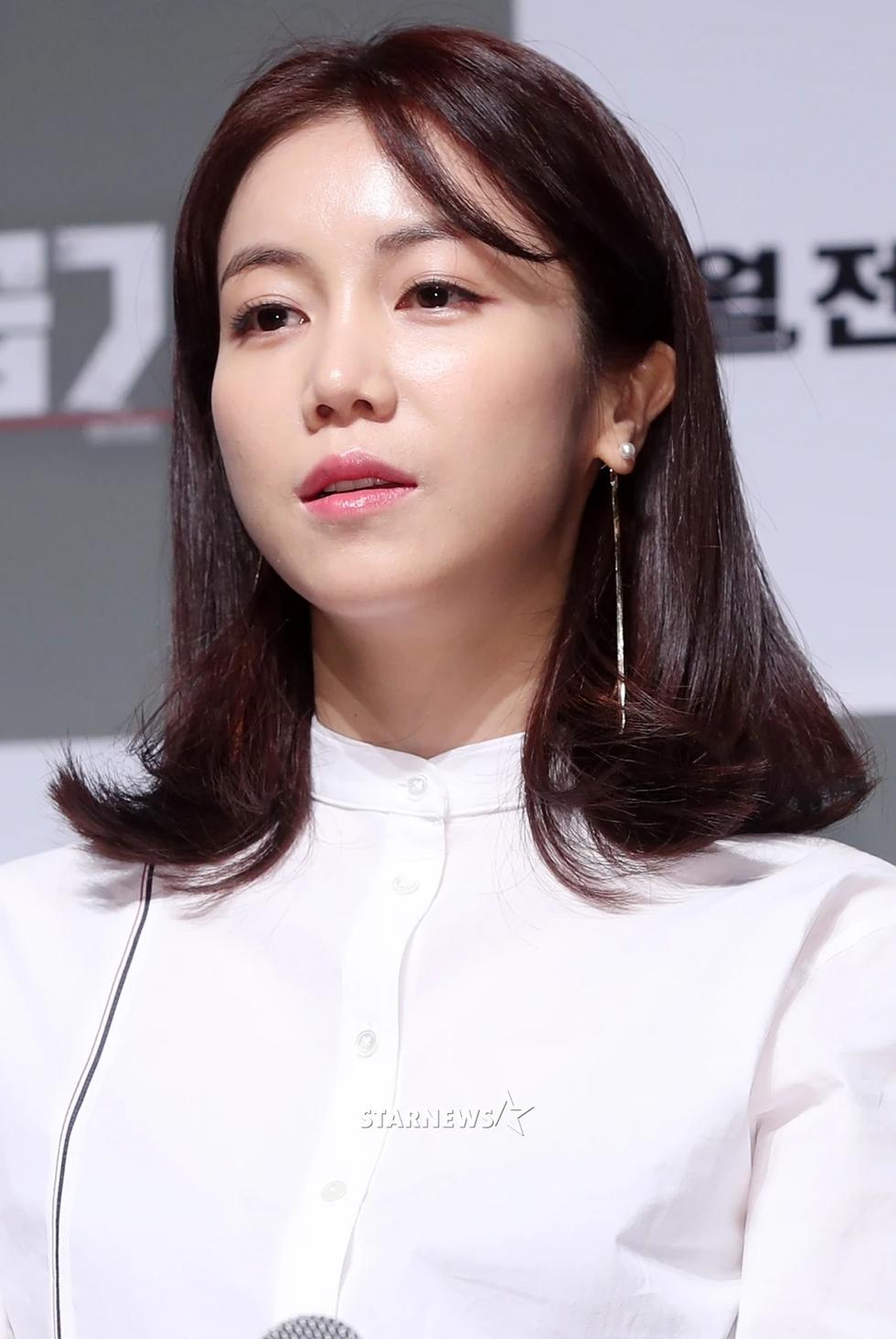 Vì nạn nhân bị lạm dụng tình dục, sao Hàn ủng hộ #MeToo - Ảnh 11.