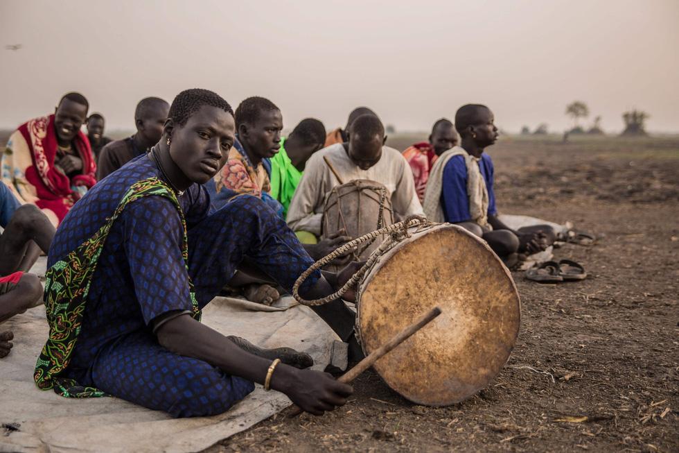 Trải nghiệm cuộc sống chăn bò của người Dinka ở Nam Sudan - Ảnh 10.